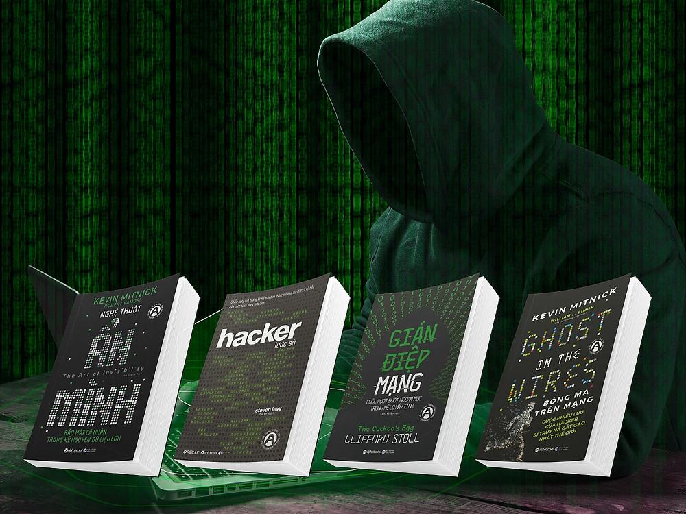 Bộ sách gồm 4 cuốn: Gián Điệp Mạng, Nghệ Thuật Ẩn Mình, Bóng Ma Trên Mạng Và Hackers Lược Sử