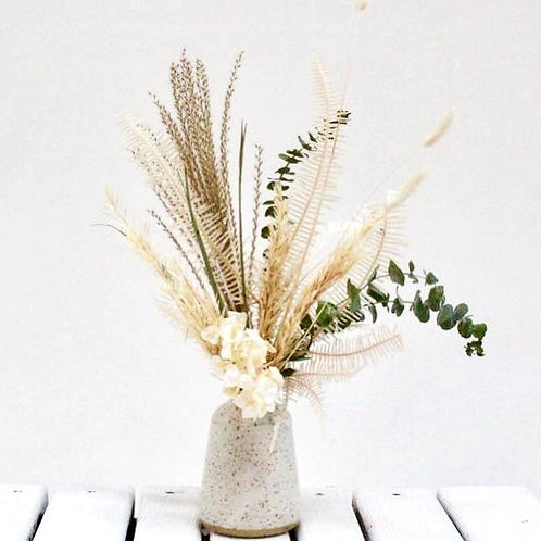 """""""Sombrio"""" Package - Bud Vase w/Dried Bouquet"""