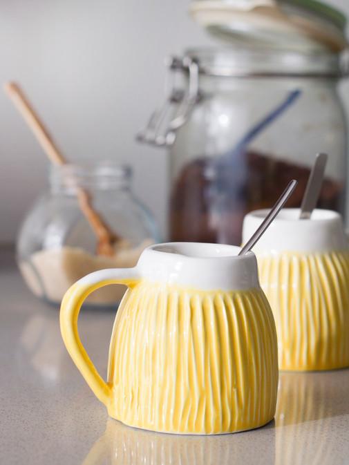chávena de café selva amarelo