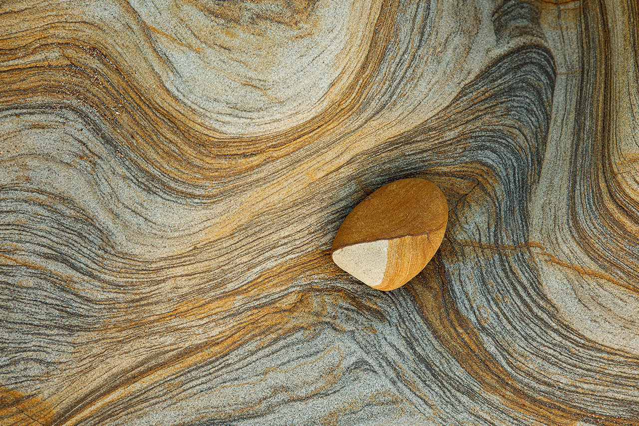 Left Strata and Stones