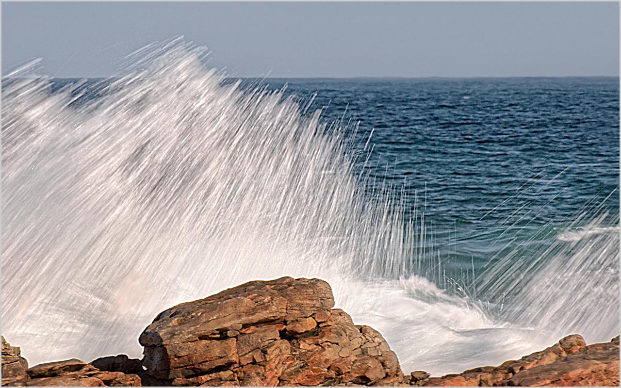 17 Crashing Waves.jpg