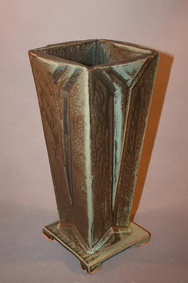 Art Deco Vase dark version