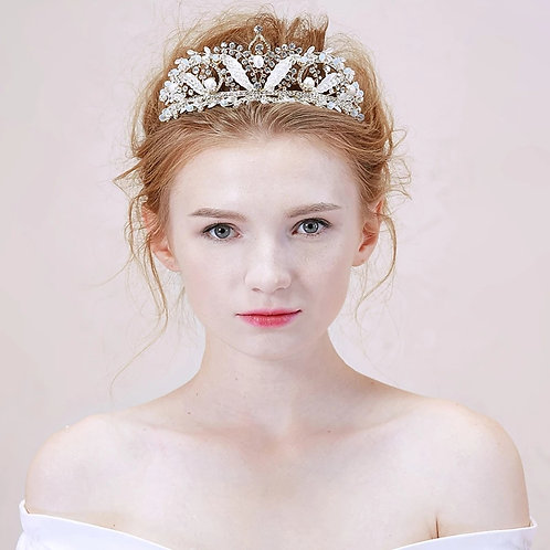 Gorgeous Silver Crystal & Pearl Bridal Tiara