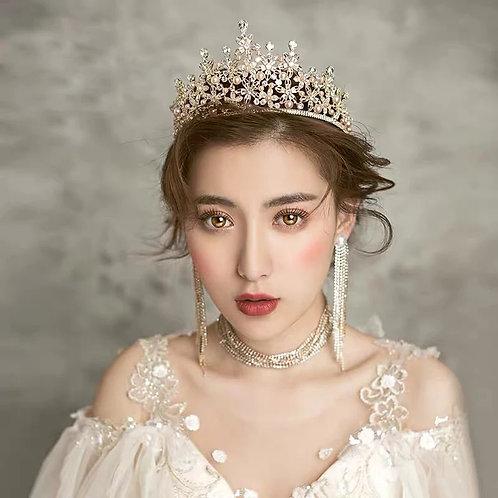 Stunning Gold Bridal Tiara with Swarovski Crystals & Pearls