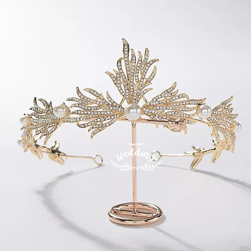 Beautiful Gold Crystal Wedding Tiara With lovely pearl detail