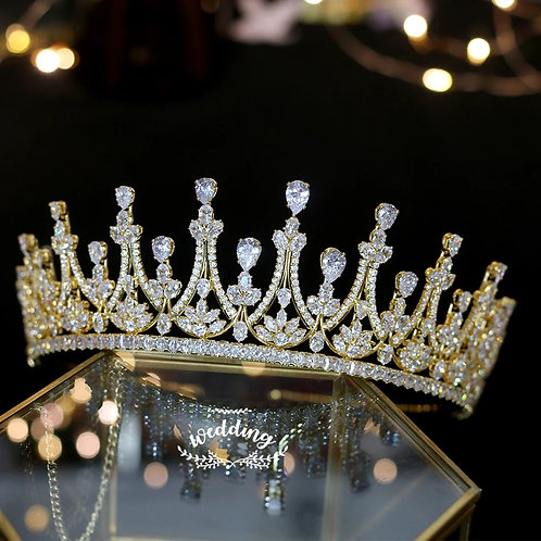 Make a Statement with this Beautiful Gold Crystal Tiara