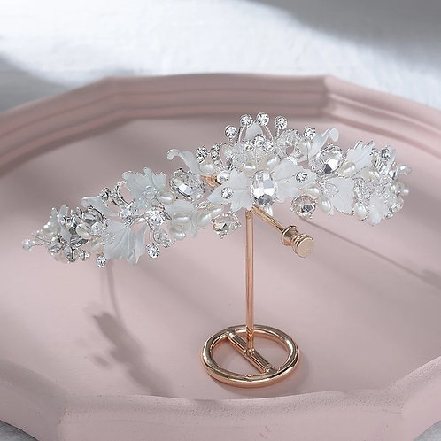 Stunning Silver Wedding Tiara With Lovely Floral Detail
