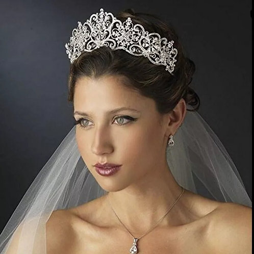 Lovely Handmade Silver Bridal Tiara With Stunning Crystal detail