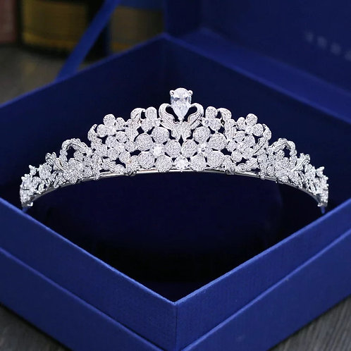 Beautiful Silver Floral Bridal Tiara Adorned with Crystals