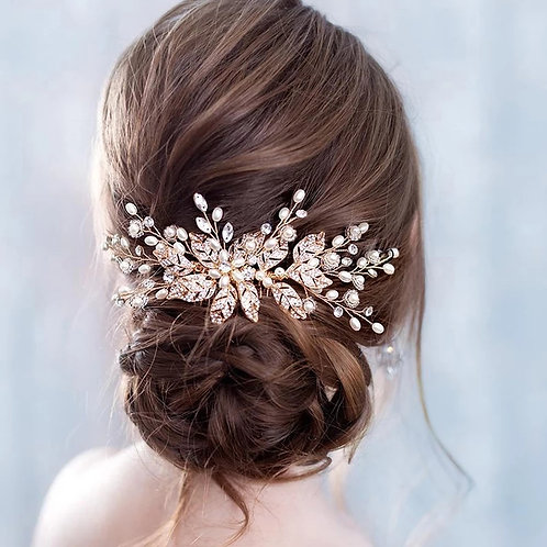 Lovely Bridal Comb with stunning Flower detail.In 3 Colours