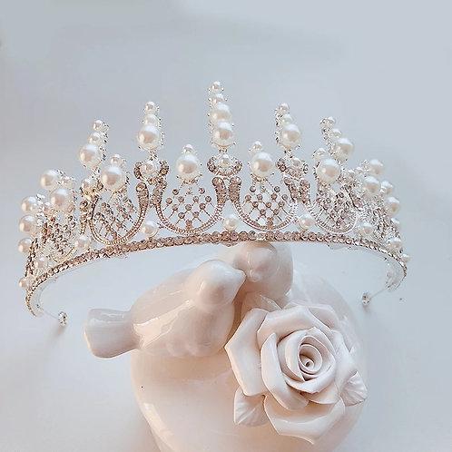 Stunning Gold & Pearl Bridal Tiara