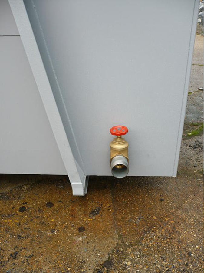 Evacuation tap
