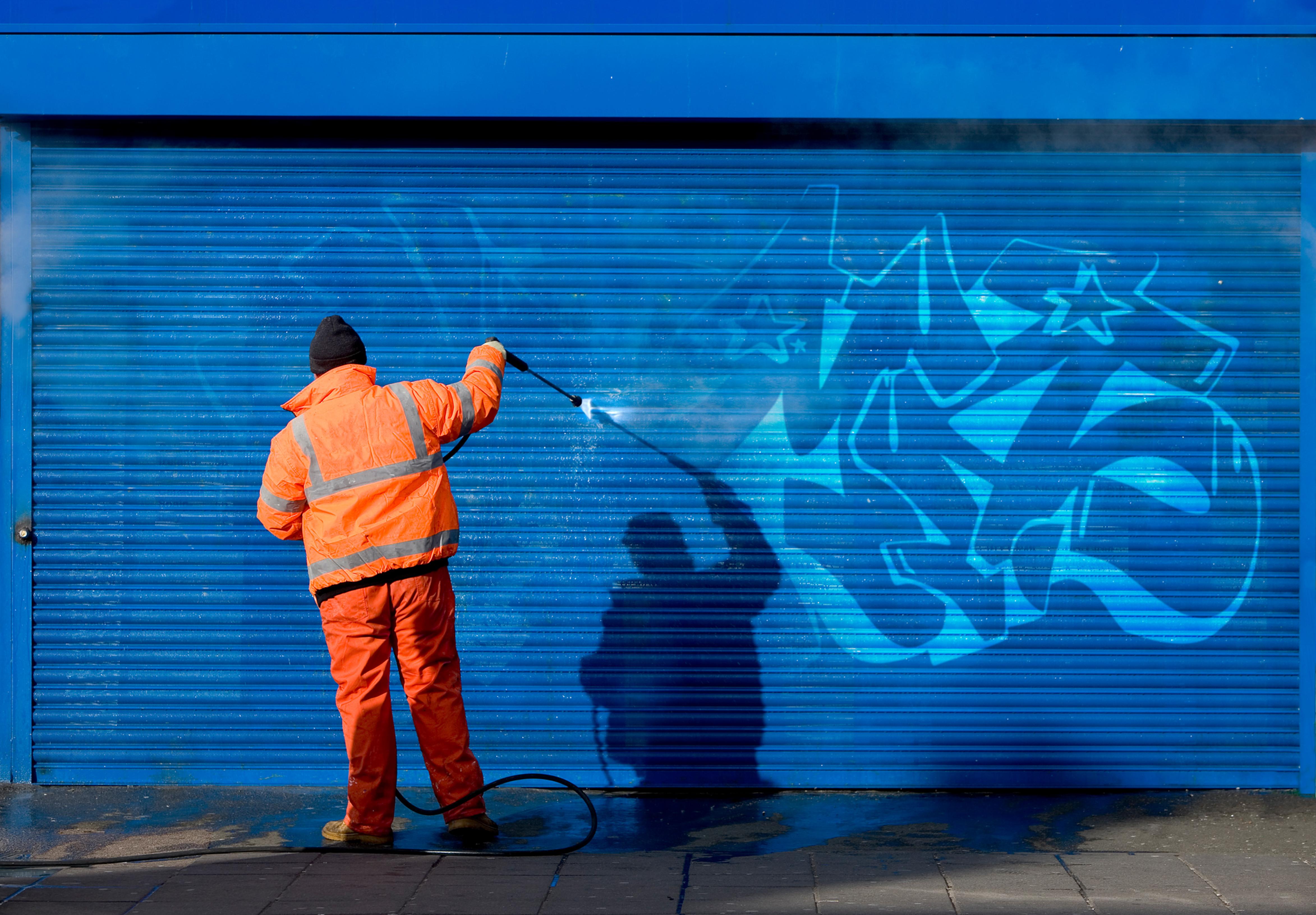 Graffiti Removal - RISI