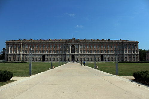 Caserta Royal Palace and VIP Outlet Shopping