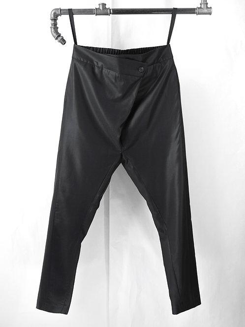 KIEV pleated crotch pants