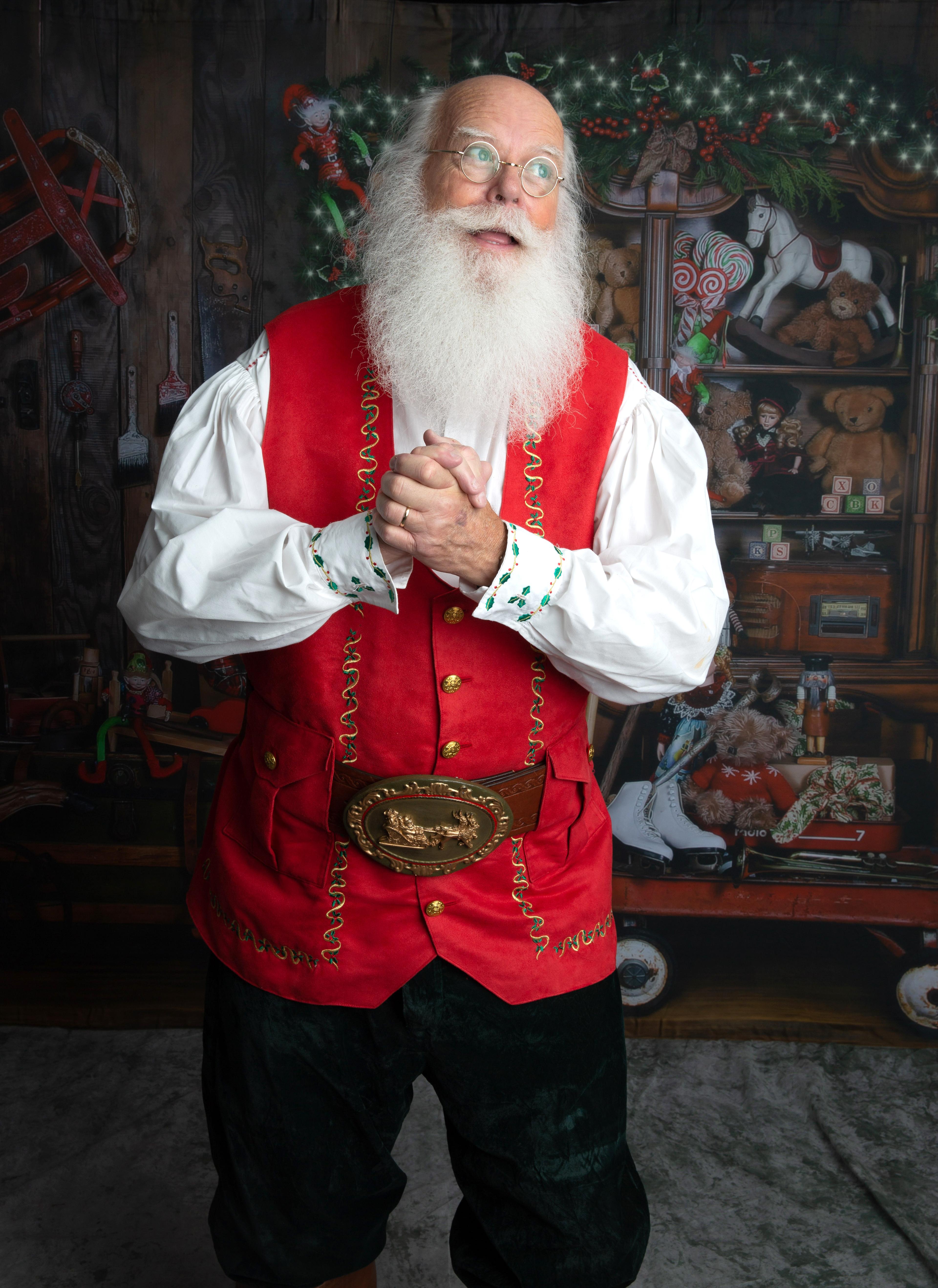 Santa Noel www.allaboutentertainment.com