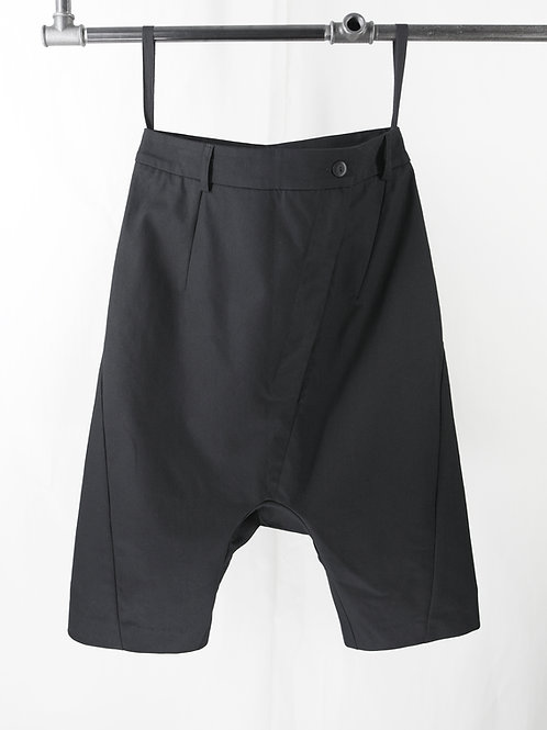 PRAGUE low crotch shorts