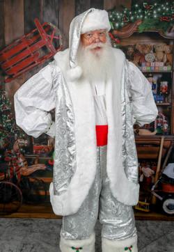 Santa Noel in White www.allaboutentertainment.com