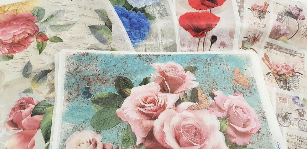 papel con flores.jpg