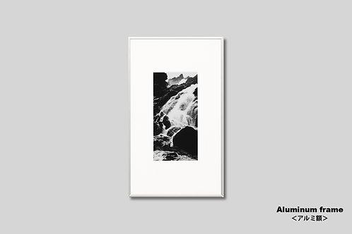 滝,モノクロ,写真,インテリア,風景,ニューカレドニア,自然,インテリアフォト,アート,額入り,額装,オリジナルプリント,アートフレーム,フォトフレーム,おしゃれ,モダン,壁掛け,壁飾り,装飾,部屋飾り,アートポスター,ギフト