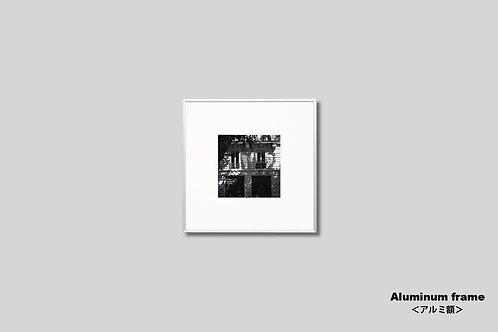 パリ,街並み,窓,インテリア,写真,風景,フランス,インテリアフォト,額入り,モノクロ,正方形,アート,壁掛け,額装,オリジナルプリント,アートフレーム,フォトフレーム,おしゃれ,モダン,壁飾り,装飾,ウォールアート,新築祝い