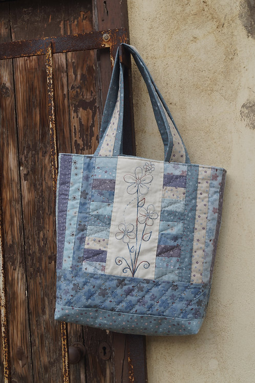 Busy Bee Tote