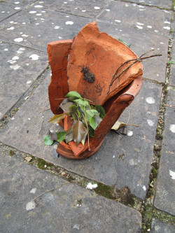 Broken pots8
