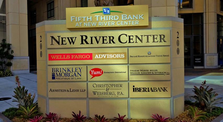 NEW RIVER CENTER MONUMENT_edited.jpg