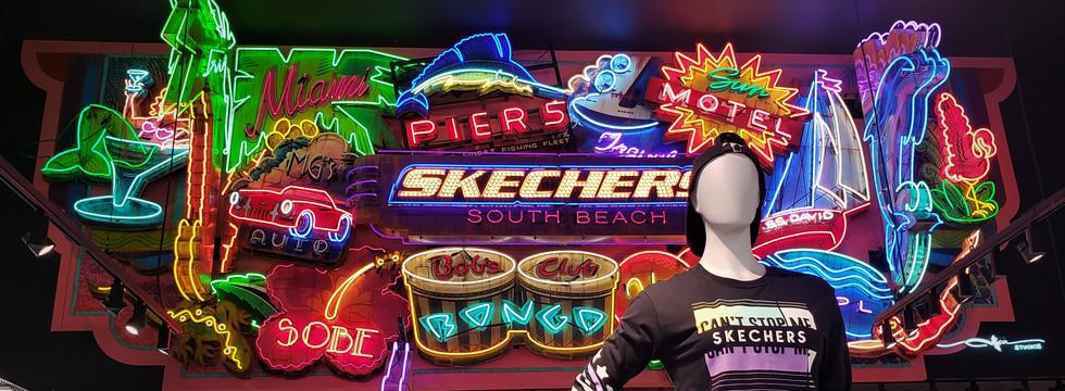 SKECHERS NEON.jpg