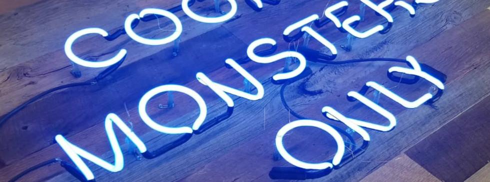 COOKIE MONSTER BLUE NEON