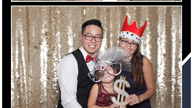 Unlimited Photo Booth Prints Calgary