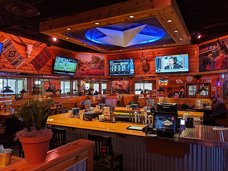 Bar-at-Texas-Roadhouse-in-Ocala-Florida.