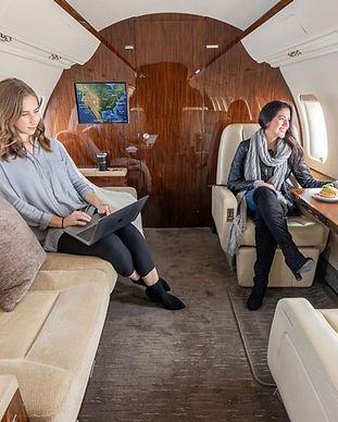 Latitude-33-Aviation-Charter-CL605.jpeg