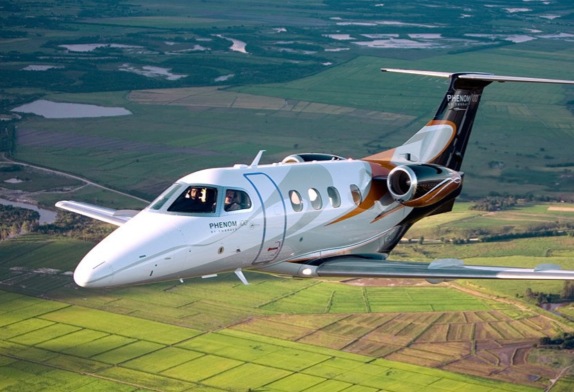 Very Light Jet: Phenom 100EV