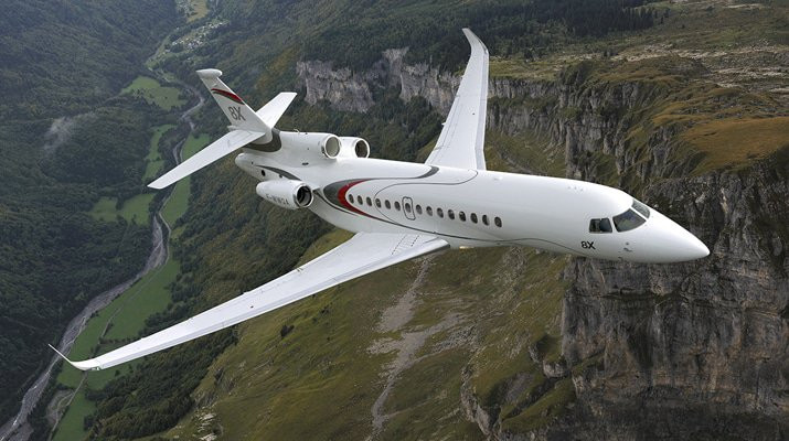 Private jet: Falcon 8X
