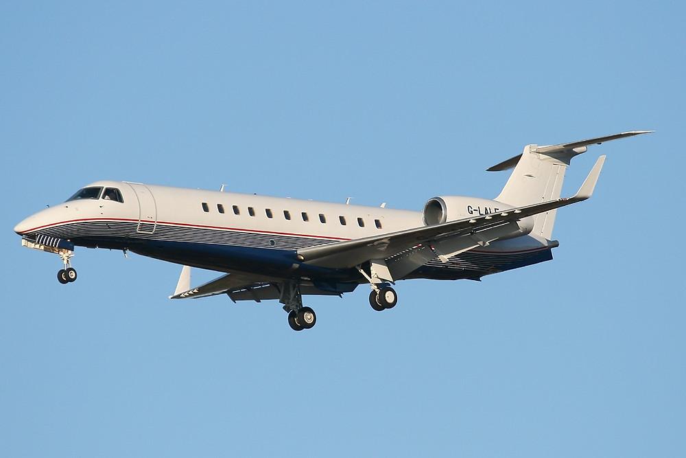 Private jet: Legacy 600