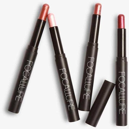 Eyeshadow & Eyeliner Pencil in One - 10 Pink Fire