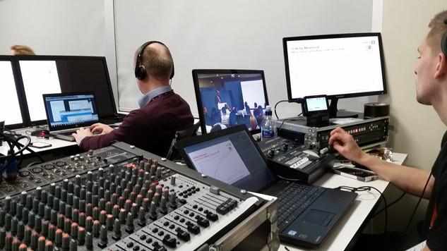 Live edit desk