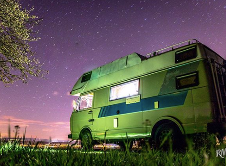 Roman and Ioana's Solar Powered Volkswagen LT35 Conversion