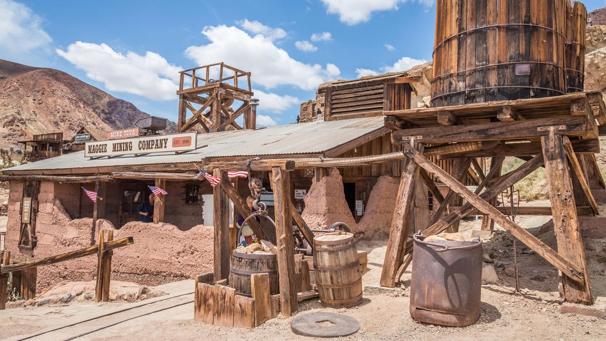 calico_ghost_town2_web_f6a67af2-bc1b-4e8