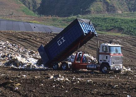 dump-truck-1396587_1280.jpg