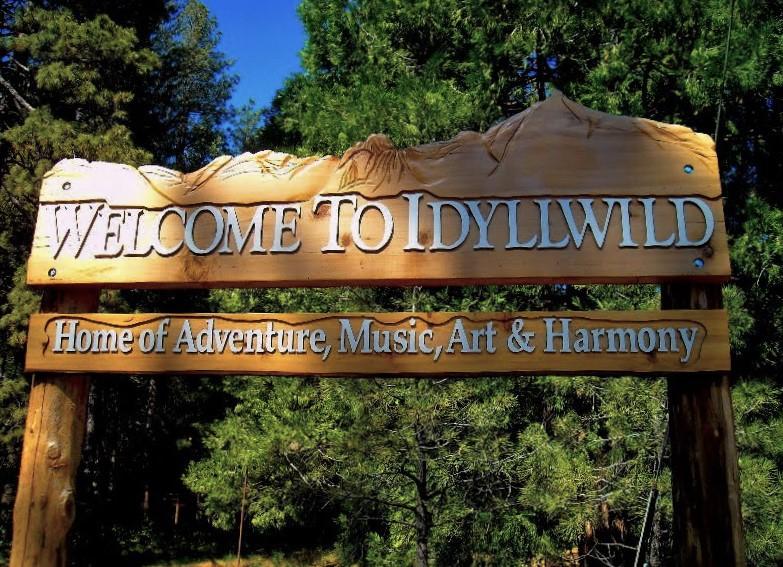 idyllwild-sign-convertimagejpg