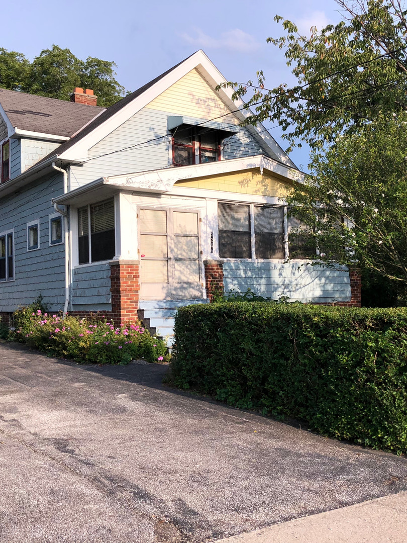5285 Bartlett Rd., Bedford Hts., OH 44146