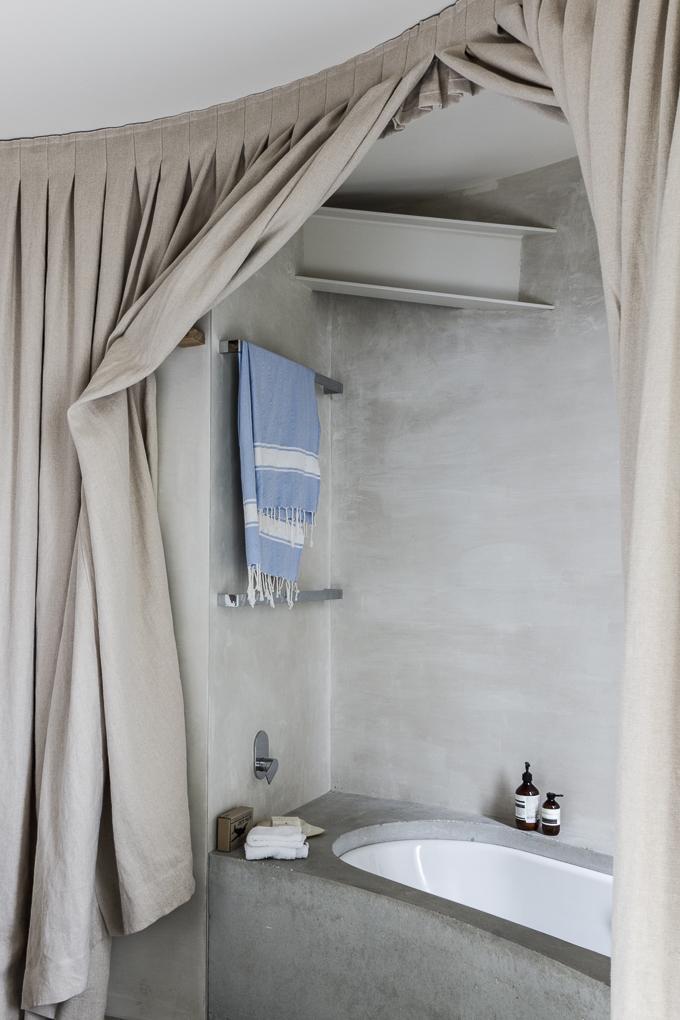 bathroom magic from Australia
