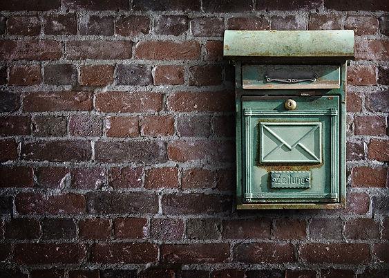 mailbox-1819966_1920.jpg