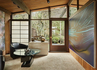 A couple's art collection finds the perfect architectural match in a Paul H. Kirk family home