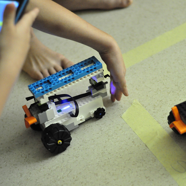 Lego Boost - Soboty 10:00 - 11:30