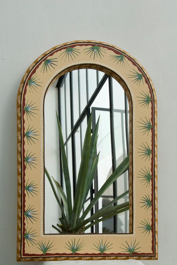 barbero-mirror2-large.jpg