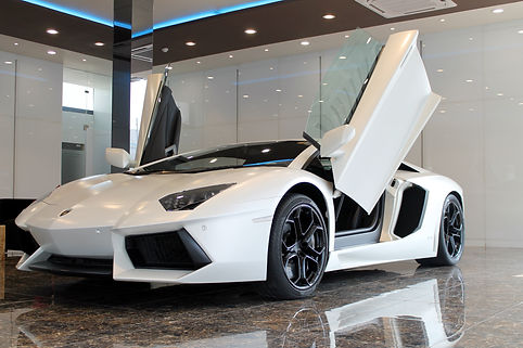 Lamborghini  Aventdor LP 700-4