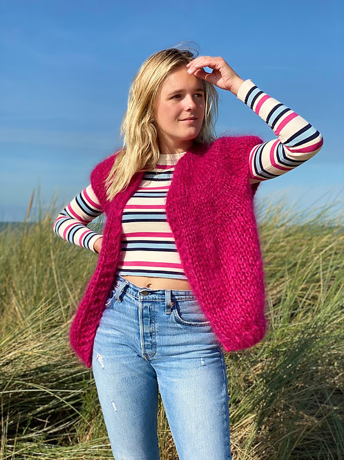 Hana Cropped Cardigan with capped Sleeves - Fuchsia